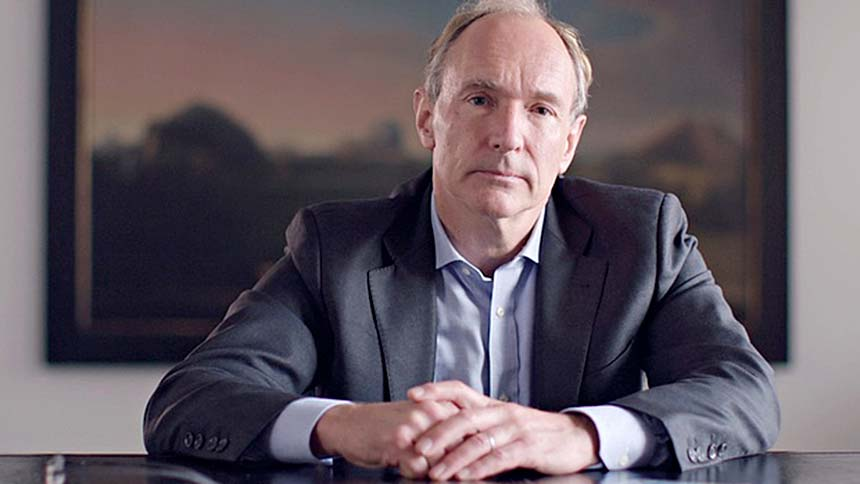 World Wide Web inventor calls for fake news fight